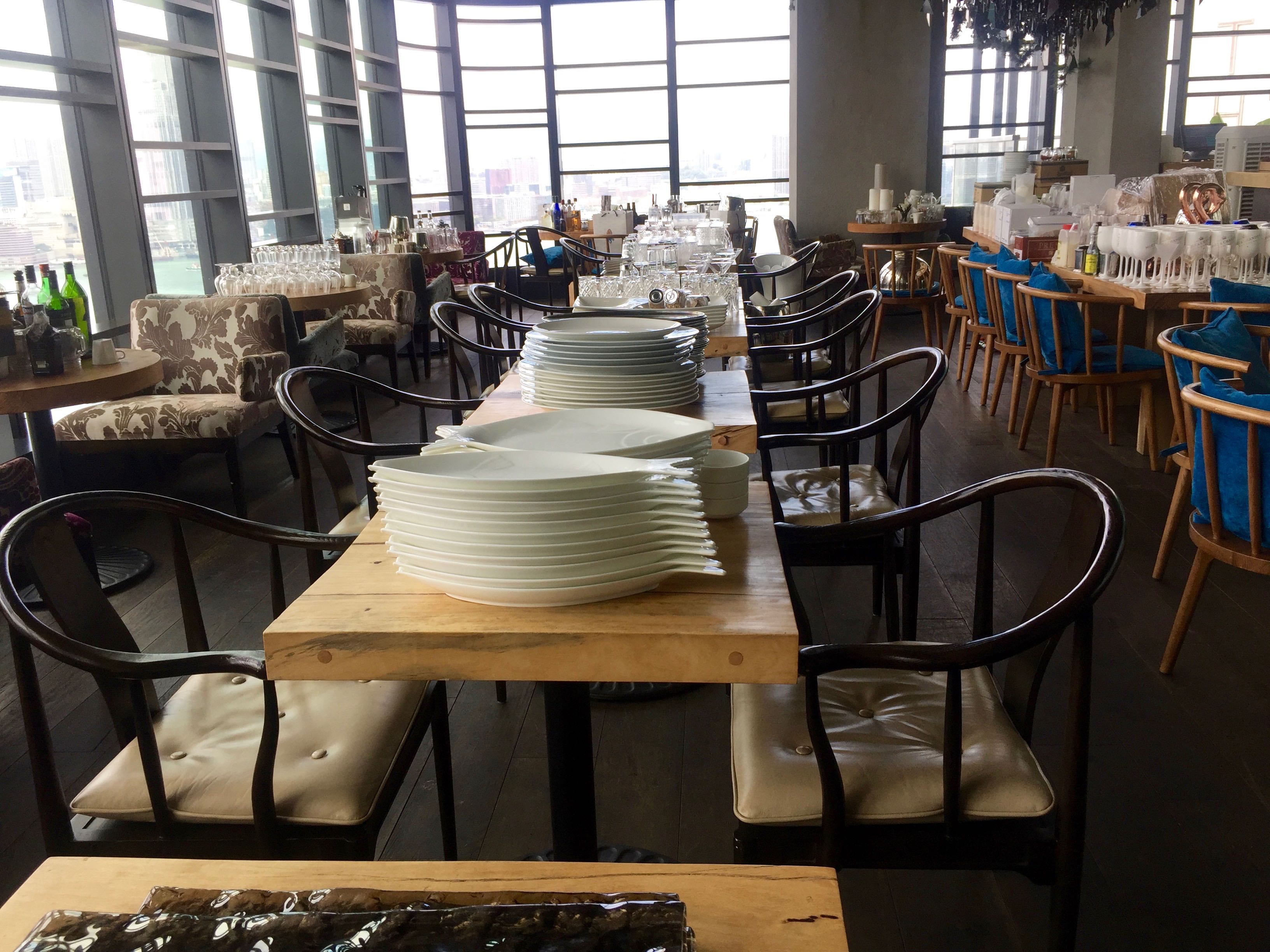 Sales of restaurant equipments furnitures seafood room